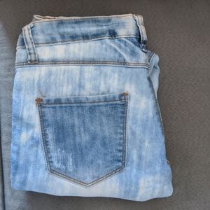 03 White Blue Ripped Jeans Seductions Sirens